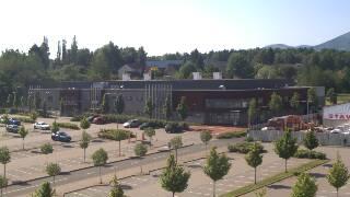 Werk arena stavba online